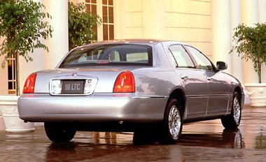 We provide Port Canaveral Transportation in the privacy of a Lincoln Town Car